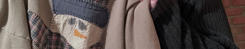 MarkUglySweater-Middle