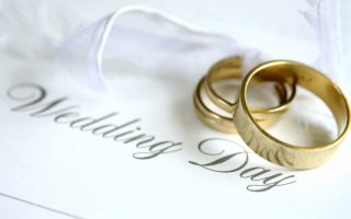 Wedding-rings-wallpaper1-1